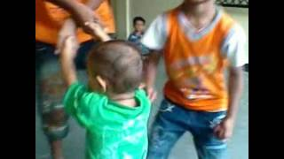 funny babies dancing and singing / funny kids dancing funny comercials.