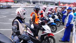 Download Video Honda Safety Driving Center Media Event MP3 3GP MP4