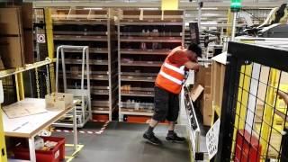 Amazon Polska - centrum we Wrocławiu - Amazon Robotics