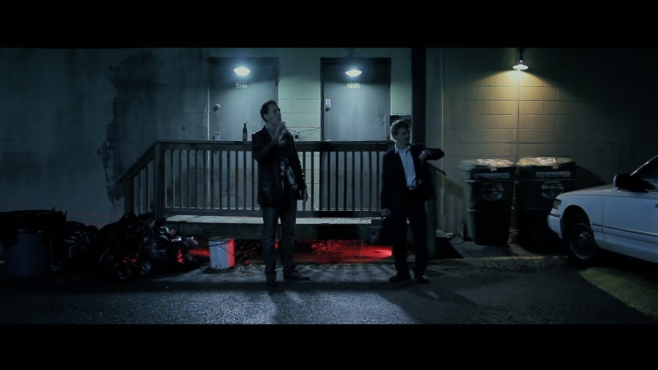 fight club bar scene music Fight club is a must-watch the movie has lean mean macho-fighters, hard-core duels, and adrenalin-surging fight scenes brad pitt fans will love him in the role of tyler durden.