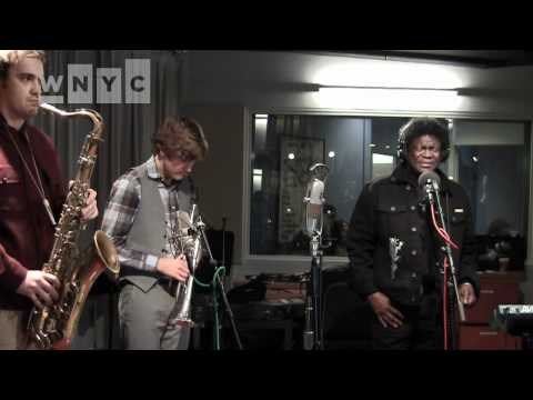 """Charles Bradley and His Extraordinaires """"Why Is It So Hard"""" Live on Soundcheck"""