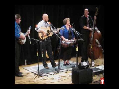 Royal Blue Bluegrass Band Live on The Red Barn Radio Show August 21st 2013 Lexington Ky