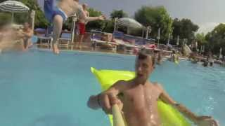 Holidays at Camping Baciccia - summer 2013 - Splashing in the pool