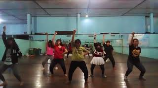 Ini adalah video dance practice perdana oleh rainbow soseji. mungki...