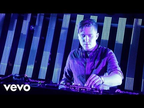 Sub Focus - Falling Down (VIP Mix) (VEVO SummerSix)
