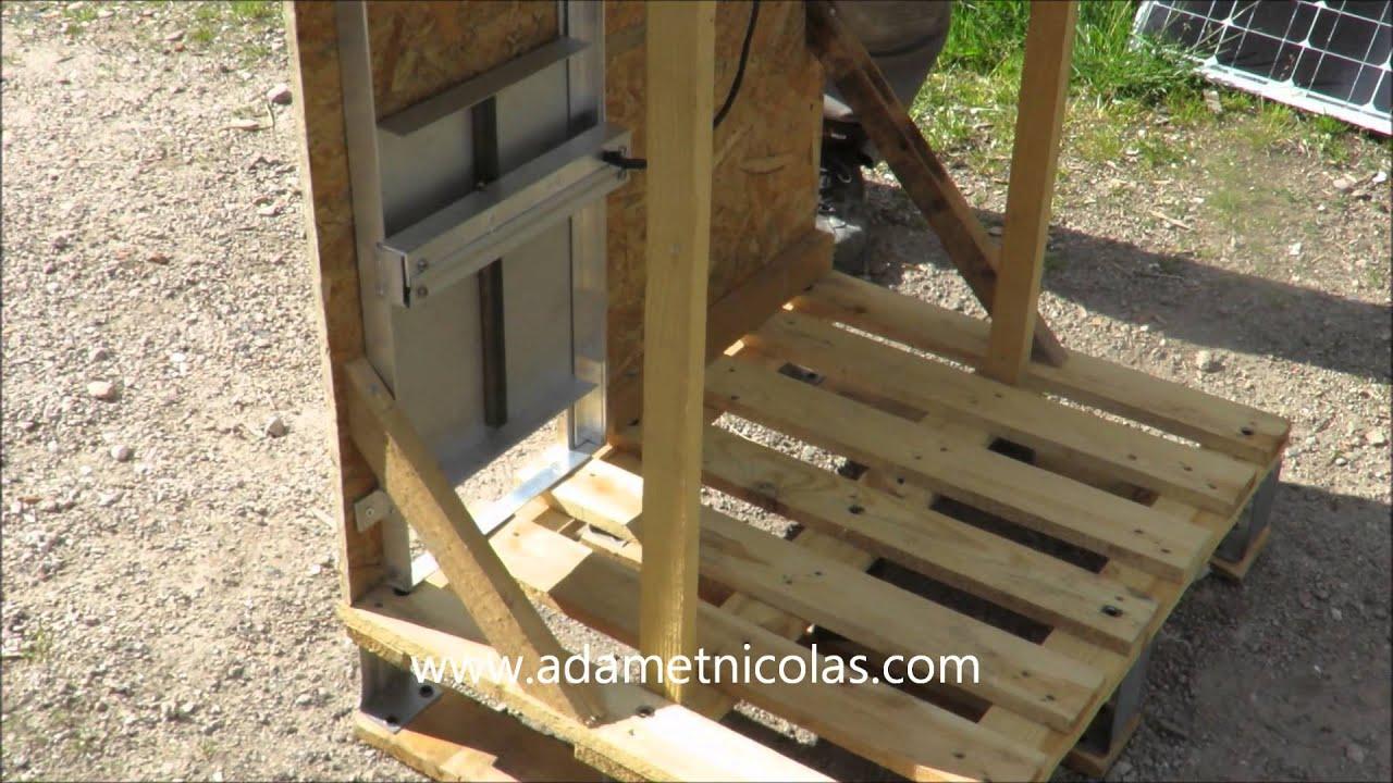PORTE DE POULAILLER AUTOMATIQUE SOLAIRE YouTube - Porte poulailler solaire