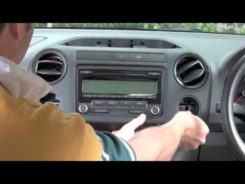 How to remove VW Amarok radio