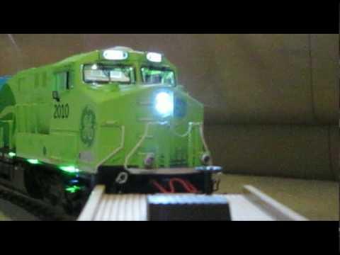 Lionel GE Evolution Hybrid Locomotive - part 3