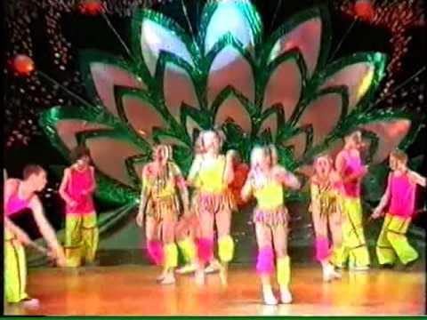 видео: Детский мюзик-холл Чингыли - Скакалка