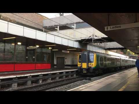 Coventry Railway Station, West Midlands, England - 9th November 2016