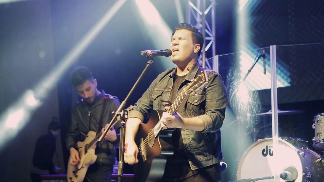jochi-alamo-dependo-de-ti-live-video-oficial-album-te-adoramos-live-jochi-alamo