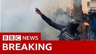 Paris: May Day protests - BBC News