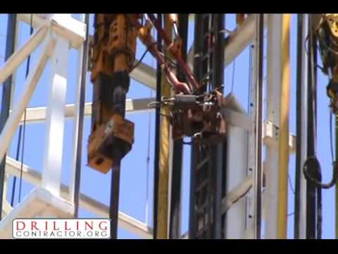 Bandera Drilling's Rig 9 Making a Connection