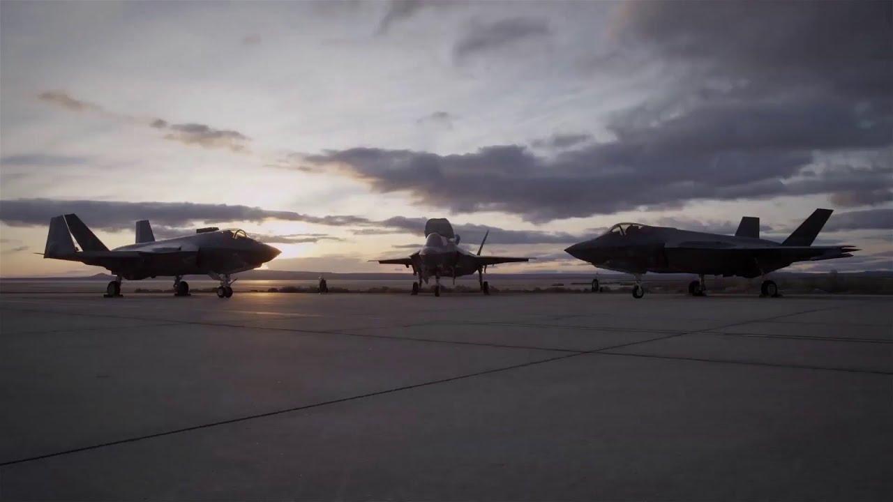 F-35 strike fighters arrive in Australia at Williamtown RAAF