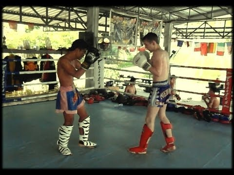 THAI vs FARUNG : Sparring from Phuket