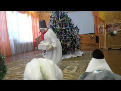 20141226 - новогодний утренник в садике, Алеша.