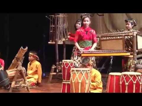 JAWA BARAT - Festival Nasional Musik Tradisi Anak-Anak 2014 by MAM EO