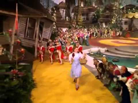 Judy Garland - Follow the yellow brick road
