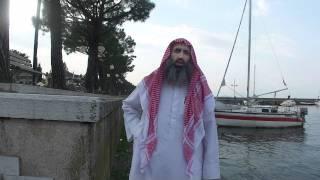 Imam Abu Adam Shashaa und seine Frau beten in la Barca Italien