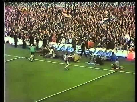 30/04/1974 Newcastle United v Burnley