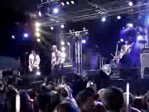 The Loved Ones - 100K -Live @ Groezrock 2008-