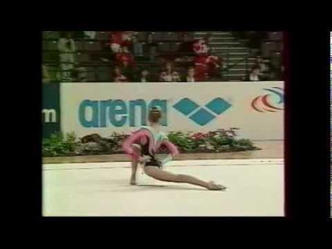 Eva SERRANO (FRA) rope - 1995 Vienna worlds AA