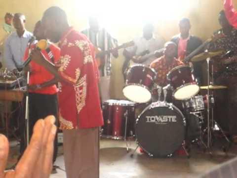 Beni, DR Congo - church video