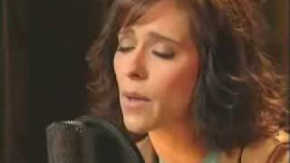 Jennifer Love Hewitt - Me and Bobby McGee [acoustic version].avi
