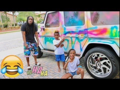 WE SPRAY PAINTED OUR DADS G WAGON (PRANK)