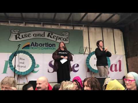 Mary Coughlan sings Trasna na dTonnta at March for Choice