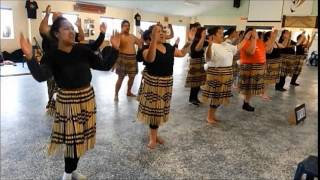 Nga Maihi - Poi - Waiata a ringa - whakawatea