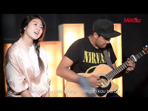 ELIZABETH TAN - DARLING - Live Akustik - The Stage - Media Hiburan