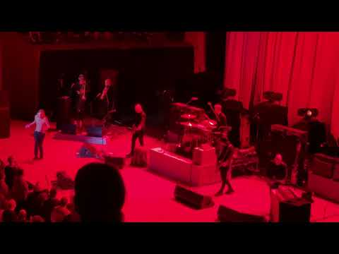 "Iggy Pop Sydney Opera House ""Red Right Hand"" 15 Apr 2019"