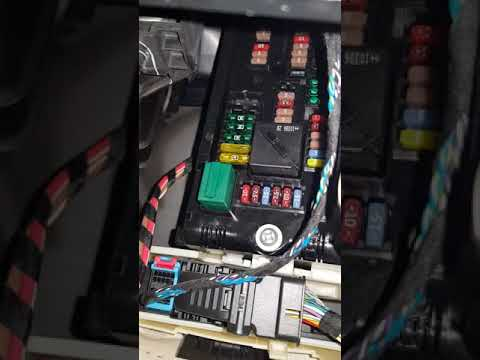 Bmw X3 F25 Fuses Panel Car Lighter Youtube