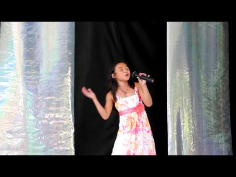 I'll Be There Michael Jackson 5 / Mariah Carey Cover 8 y/o DOMINIQUE - Beech Bend Park