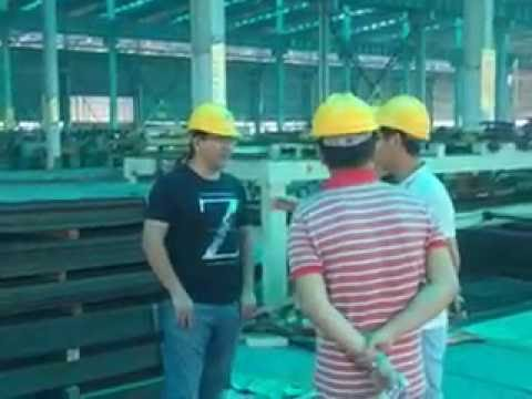 customer from Malaysia visits hot rolled pickled and oiled steel plate factory