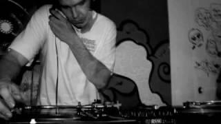 Captain Crunch - 10 Min Dubstep Mix - Feb 2010