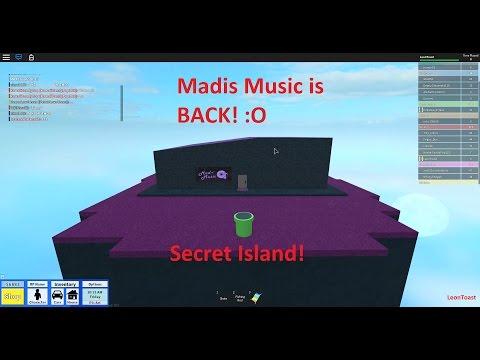 RHS Secret Room! Madi's Music Is BACK?! :O | Roblox (Highschool)