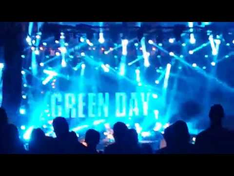 Green Day performing at Blossom Music Center 8.21.17