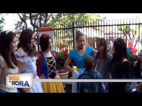 Voluntários fazem festa para crianças com câncer
