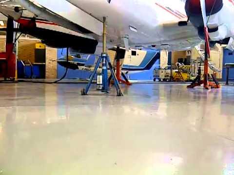 Gear Down King Air 100
