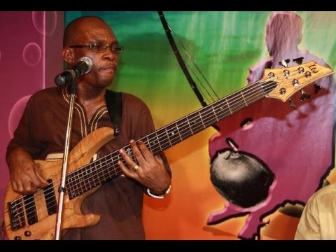 Ghana Praises.  Sammy otoo bass licks.