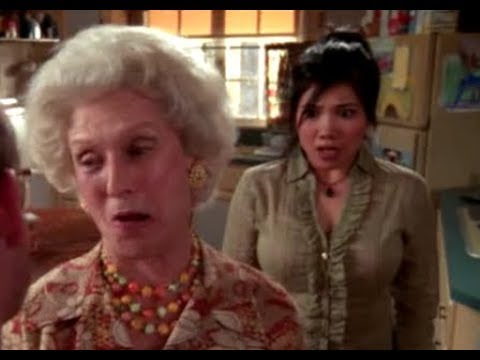 Malcolm in the Middle - BALLS LOCK (S04E20 Baby 1, Cloris Leachman)