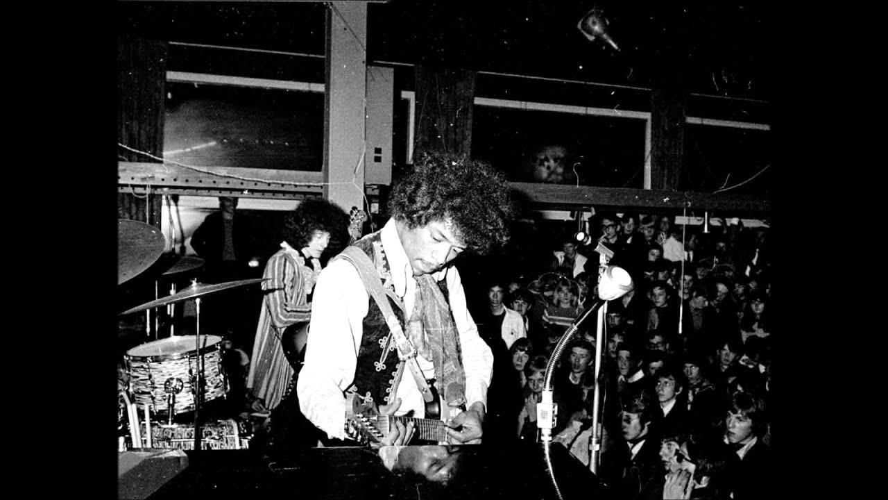 Jimi Hendrix - Burning of the Midnight Lamp live in Milwaukee 1968 ...