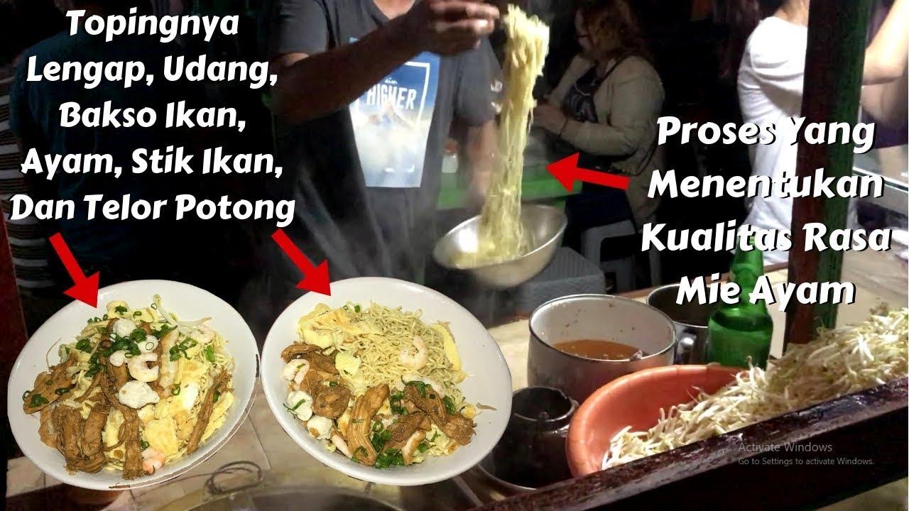 Mie Kering Apin Mie Ayam Singkawang Paling Laris Di Pasar Hongkong L Indonesia Street Food Youtube