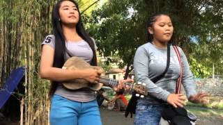 Si Pengamen Cantik Rini Cover Lagu Masa Lalu Dari Inul Daratista
