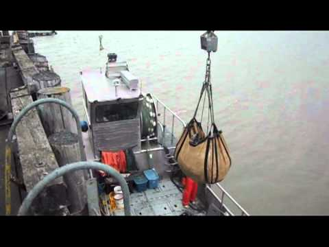 Egegik alaska salmon fishing bristol bay youtube for Alaska out of state fishing license
