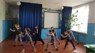 Танец 4 класс. Несложный танец для детей. Танец в школе.