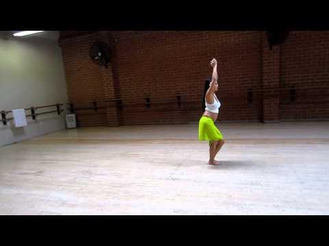 Tahitian Dance basics with Leolani