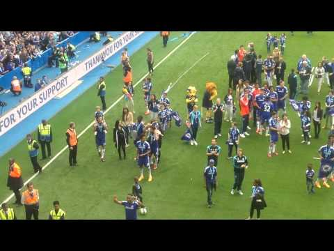 Didier Drogba Says Goodbye and Bows Before the Shed End Stamford Bridge